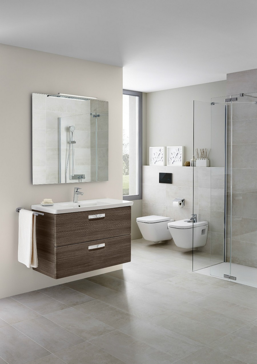 7-2-Roca-beige-bathroom-interior-design-wash-basin-vanity-unit-toilet-dark-wood-brown-wall-mounted-cabinet-big-square-mirror-towel-holder-glass-walk-in-shower-gray-tiles