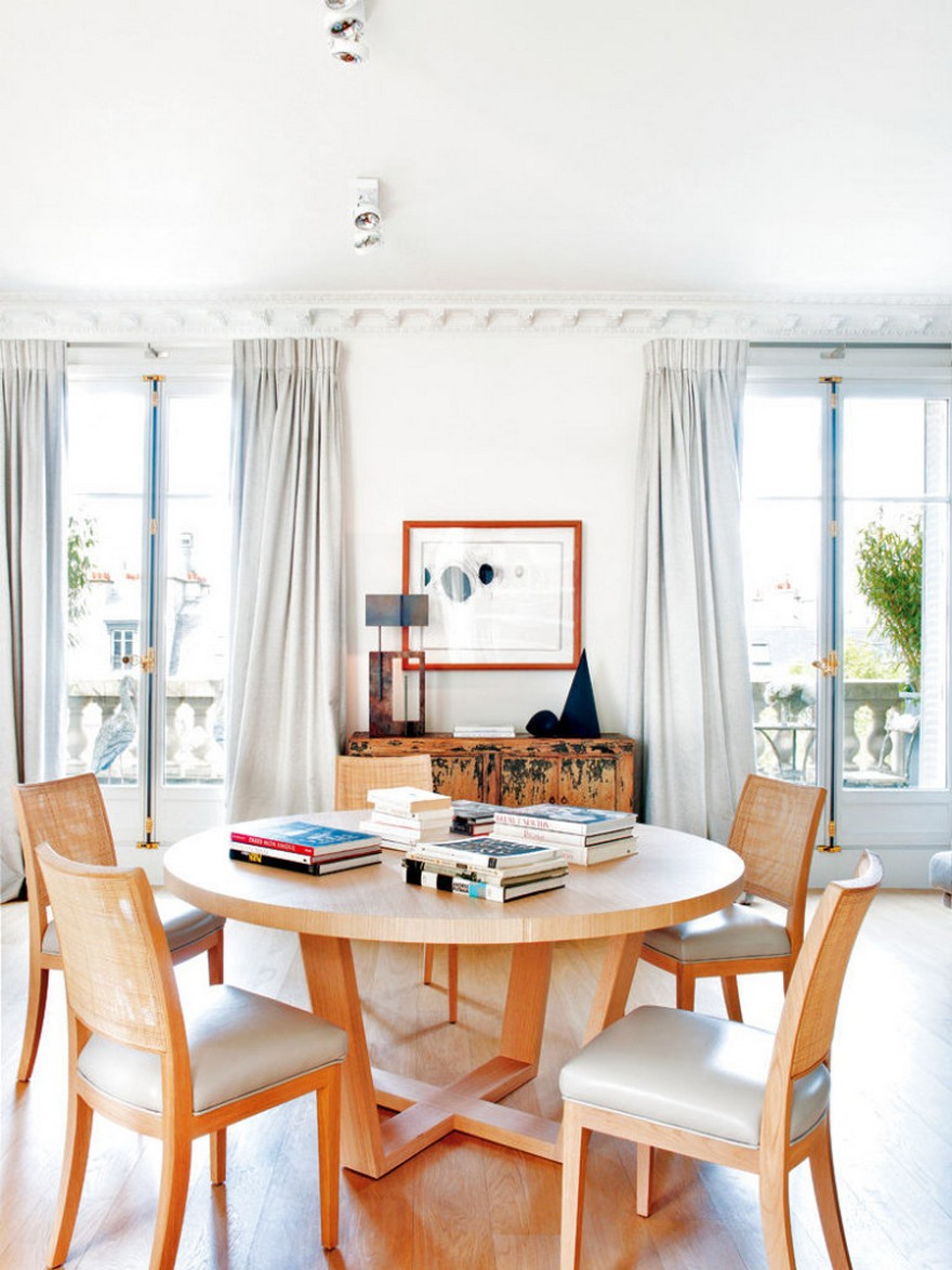 8-2-Paris-apartment-interior-design-contemporary-style-by-Stephane-Olivier-light-white-walls-pastel-colors-dining-area-room-round-wooden-table-chairs-antique-Chinese-chest-of-drawers-cupboard-table-lamps-big-windows-balcony
