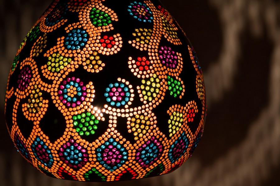 Calabarte-pendant-lamp-I-3-handmade-carved-hand-crafted-light-by-Przemek-Krawczyński-Poland -from-natural-materials