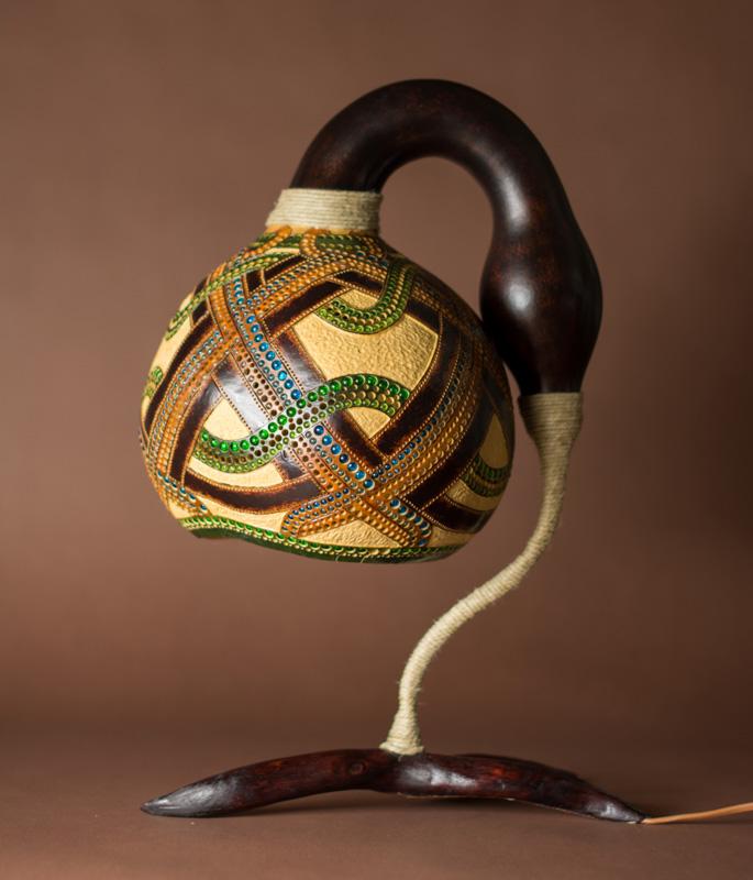 Calabarte-table-lamp-IV-1-handmade-carved-hand-crafted-light-by-Przemek-Krawczyński-Poland -from-natural-materials