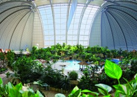 0-das-tropical-island-resort-germany-indoor-water-park-world's-biggest-interior