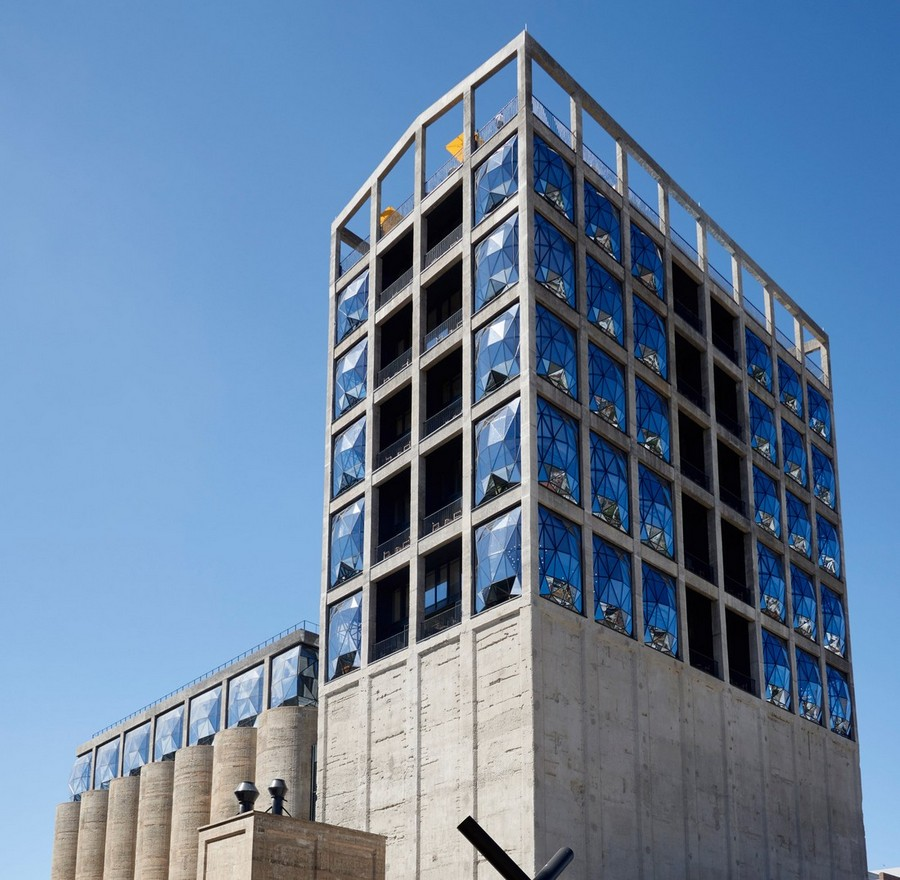 2-10-remade-building-in-South-Africa-Cape-Town-Royal-Portfolio-Hotel-ex-grain-elevator-exterior-convex-windows-roof-terrace