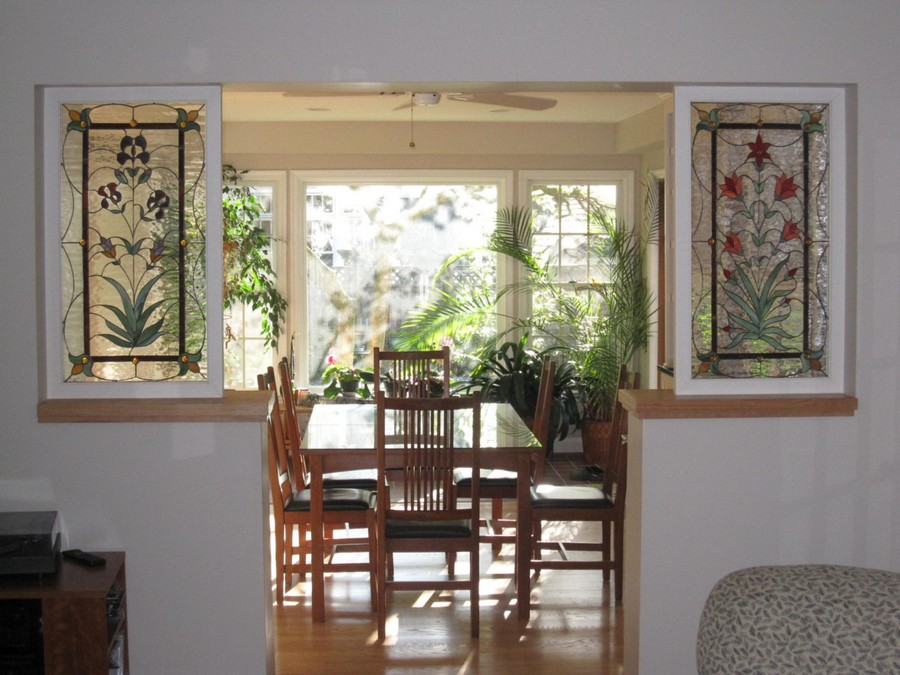 3-1-6-beautiful-amazing-stained-glass-in-interior-design-window-dining-room