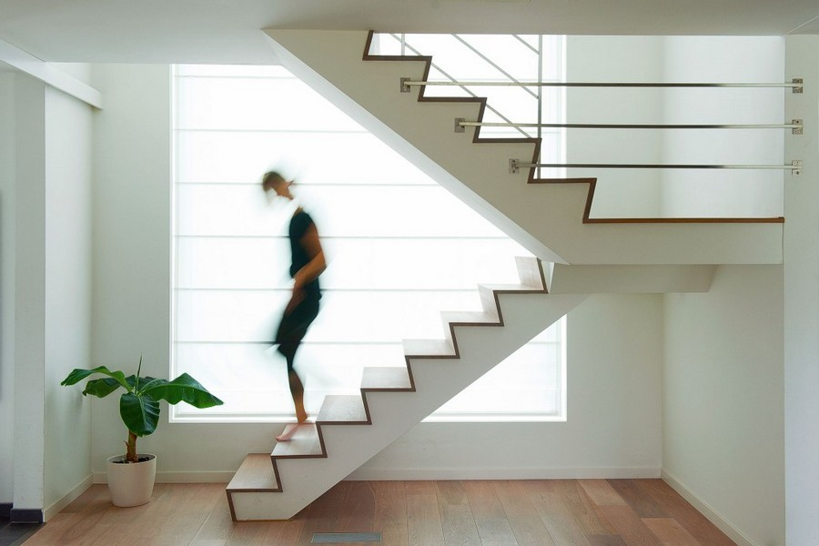3-1-concrete-staircase-stairs-in-minimalist-style-interior-white-walls