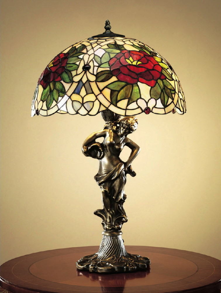 4-3-beautiful-amazing-stained-glass-in-interior-design-by-Tiffany-table-lamp