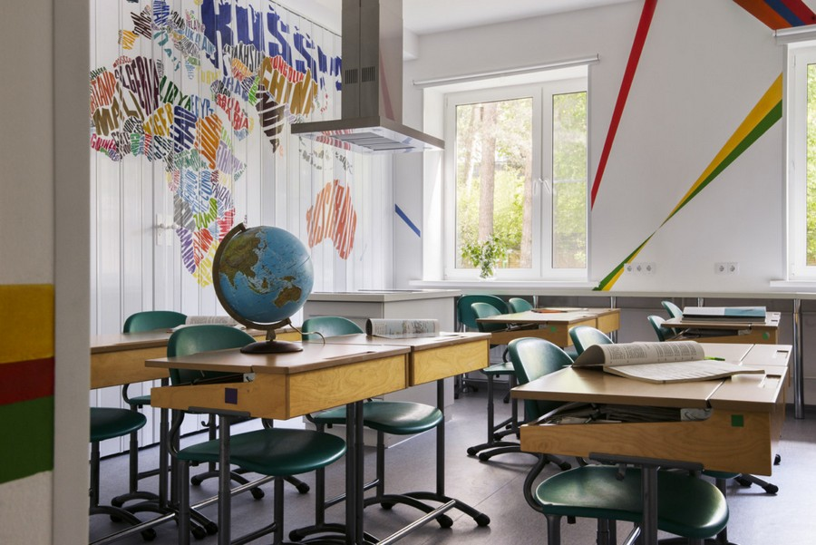 4-multifunctional-creative-beautiful-school-laboratory-interior-design-home-economics-geography-classes-world-map-bright-multi-colored-folding-doors-desks-globe-kitchen-island-cooker-hood