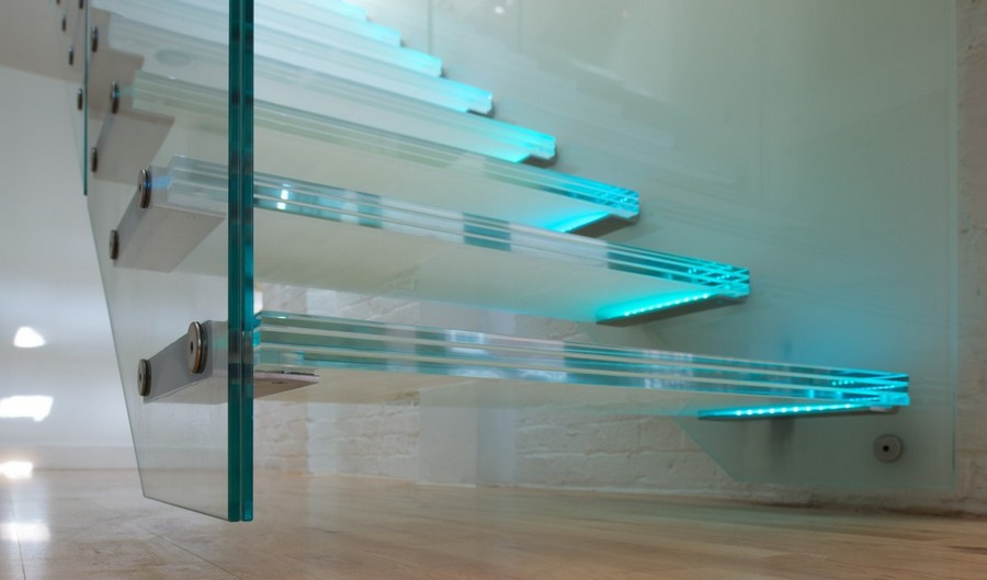 5-3-glass-staircase-stairs