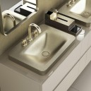 6-3-new-Baa-collection-2017-by-Roca-bathroom-design-by-Giorgio-Armani-luxurious-premium-wash-basins-soap-dispenser-greige-shagreen-texture-matte-gold-mixer-taps-mirrors-elegant-classical-smooth-shapes