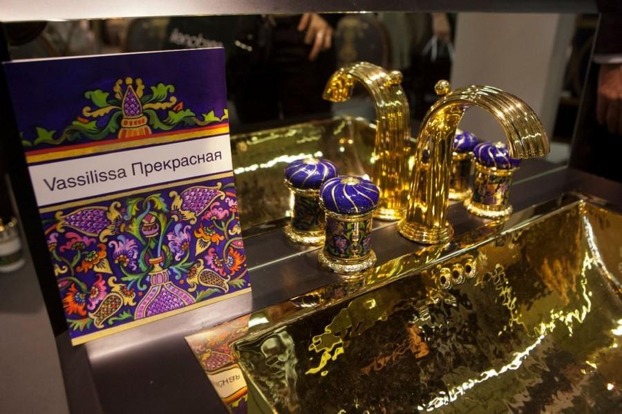 7-Vassilissa-bathroom-collection-Serdaneli-France-in-Russian-style-accessories-by-Evgenia-Miro-gold-dark-blue-folk-motifs-luxurious-sink-wash-basin-faucet