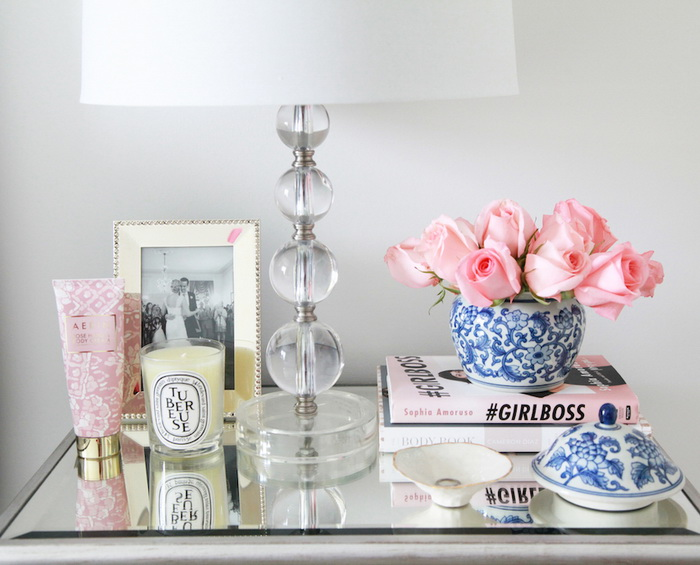 5 golden rules of an ideal nightstand composition home for Bedside decoration
