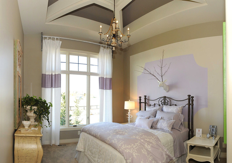 1-lilac-grey-color-in-interior-design-bedroom-wall-decor-eclectic-style-bicolor-white-and-purple-curtains-wrought-bed-clawfoot-nightstand-chest-of-drawers