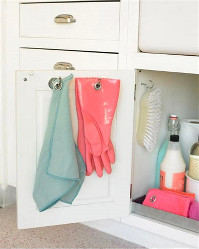 16-small-kitchen-storage-ideas-design-hacks-rational-space-keeping-towels-gloves-inside-cabinet-door