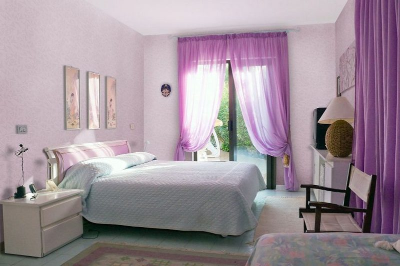 2-lilac-grey-color-in-interior-design-bedroom-wallpaper-purple-curtains-white-walls