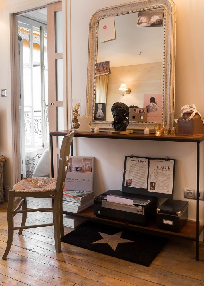 3-1-white-walls-beige-gray-caramel-brown-interior-design-in-French-style-Paris-dressing-table-boudoir-mirror-rug-star-home-decor-chair-sliding-door-candles-printer-books-magazines