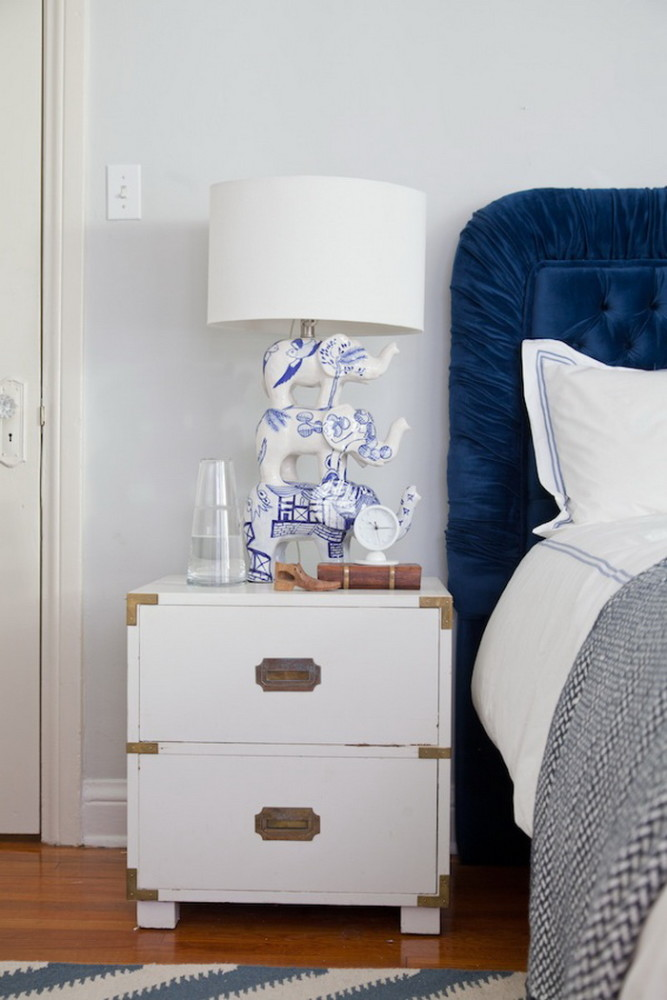 5 Golden Rules Of An Ideal Nightstand Composition Home