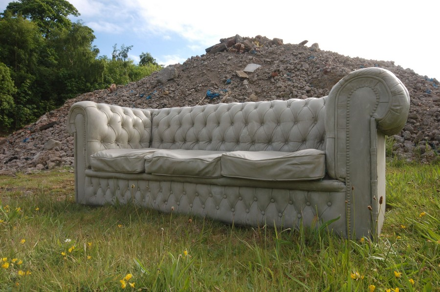5-2-concrete-canvas-cloth-flexible-concrete-material-in-furniture-design-Chesterfield-sofa