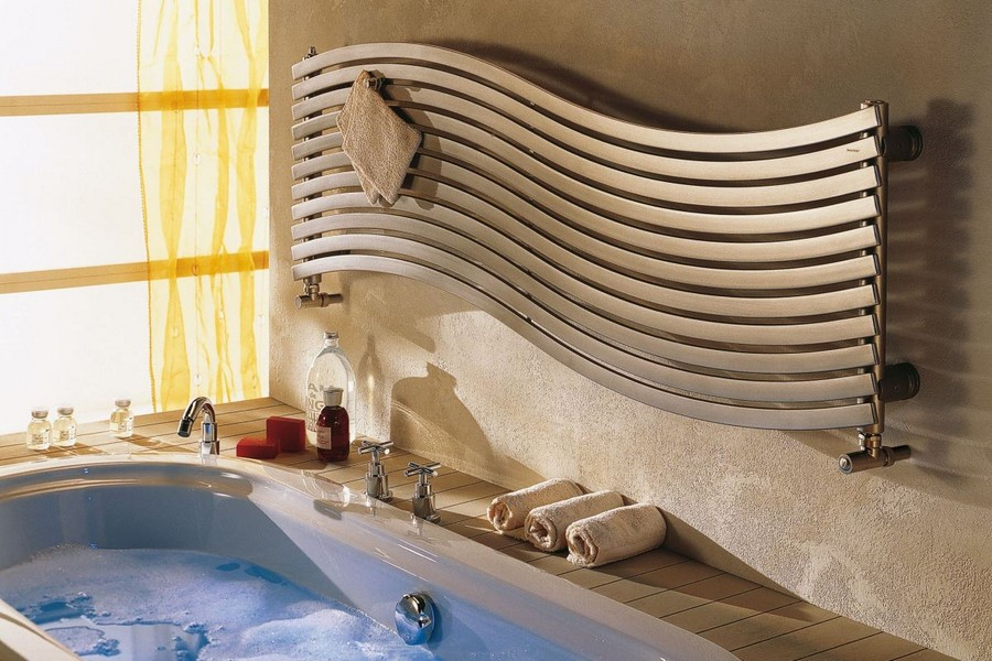 5-built-in-bath-bathtub-decking-bathroom-interior-creative-wavy-wave-shaped-towel-drying-radiator