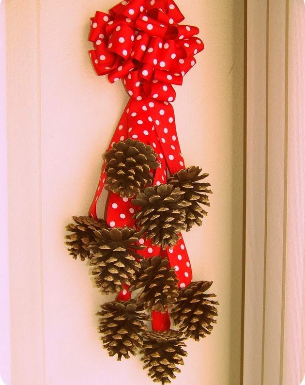 15-pinecones-pine-fir-spruce-cones-home-decor-Christmas-decoration-ideas-eco-style-wreath-red-ribbon-flower