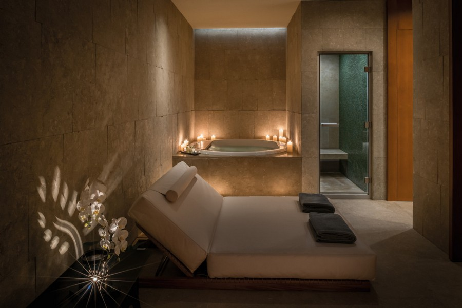 5-4-Bvlgari-hotel-beijing-luxurious-interior-design-China-SPA-treatment-room-bath-couch