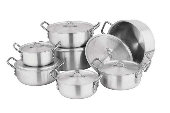 6-set-of-aluminum-pots-with-lids