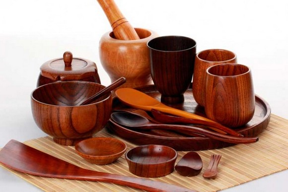 7-set-of-wooden-kitchenware-tableware-saucers-cups