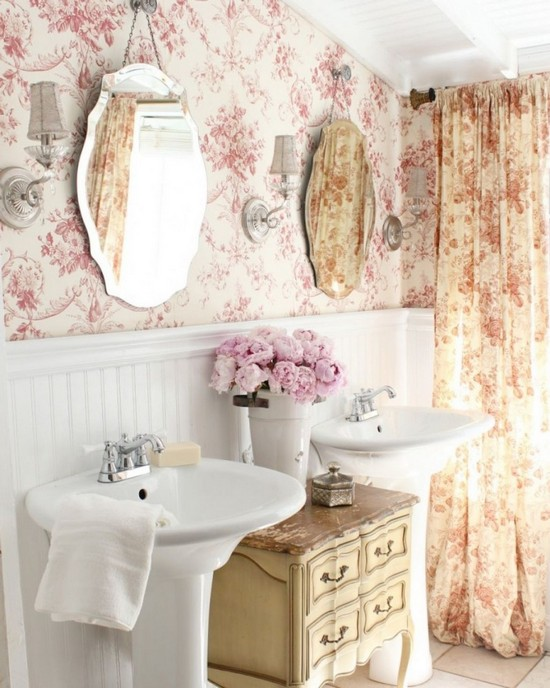 0 Vintage Retro Style Bathroom Interior Floral Wallpaper