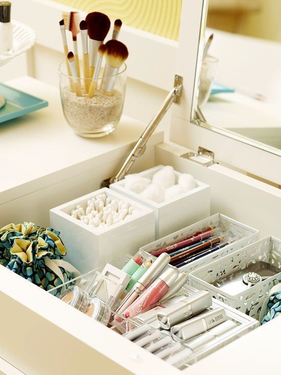 12-neat-tidy-makeup-beauty-products-storage-ideas-organizer-flap-top-dressing-table-white-interior-dividers