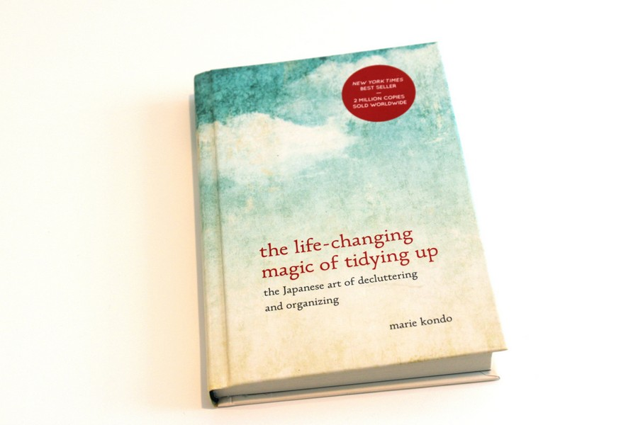 2-marie-kondo-the-life-changing-magic-of-tidying-up-book-cover