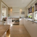 4-keep-your-kitchen-clutter-free-clean-clear-tidy-countertops-light-with-windows-oak-dining-table