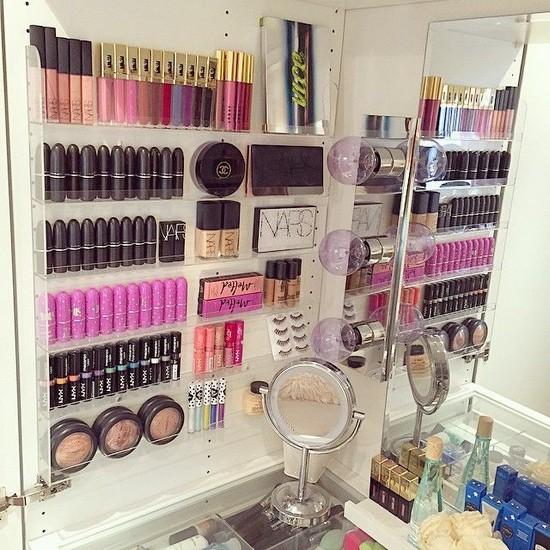 7-neat-tidy-makeup-beauty-products-storage-ideas-wall-organizer-plastic