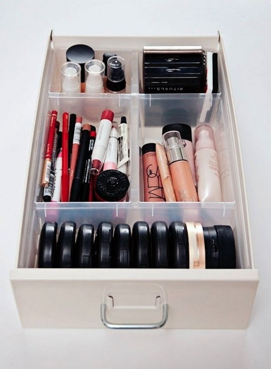 8-neat-tidy-makeup-beauty-products-storage-ideas-organizer-drawer-interior-divider