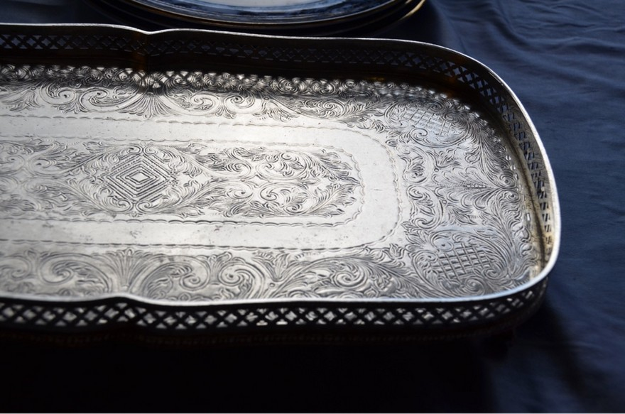 1-2-European-Italian-flea-market-photo-items-sale-antiquities-silver-plated-tray