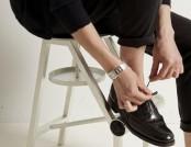 Shoe Stool by Koichi Futatsumata