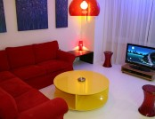 The design of a small apartment in the style of pop art