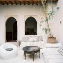 10-white living room