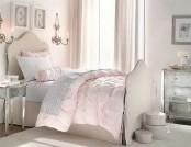 Children's bedroom for little girls