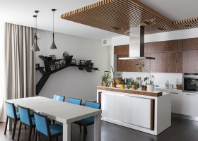 0-minimalist-style-interior-white-kitchen-wood-ceiling-decor-kitchen-island-blue-chairs