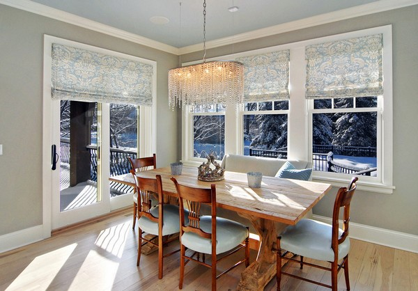 0-panoramic-windows-dining-room-winter-forest-view-classical-crystal-chandelier
