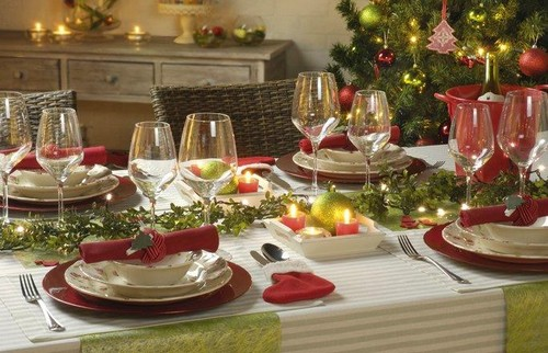 1-2-christmas-table-setting-decoration-composition