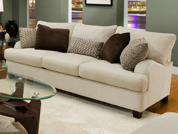 1-2-decorative-couch-pillows-in-living-room-interior-design-brown-and-beige
