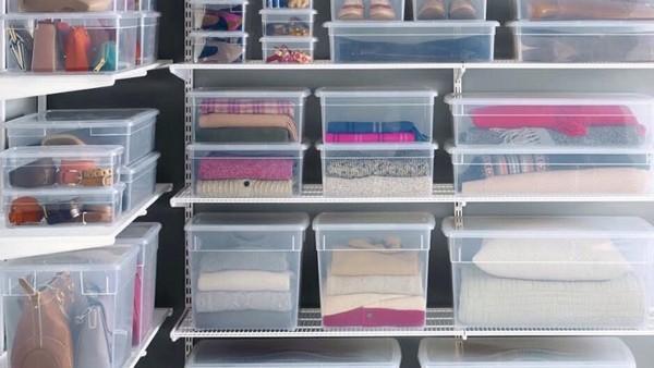 1-5-wardrobe-storage-ideas-closet-organization-transparent-plastic-containers
