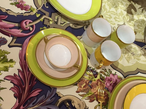 1-exclusive-beautiful-china-porcelain-tea-set-beige-yellow-white-floral-tablecloth