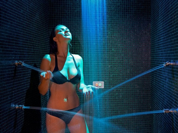 1-home-spa-must-have-water-procedures-chromotherapy-shower-color-therapy