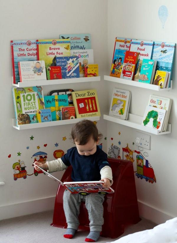 10-2-maria-monterssori-toddler-room-reading-area-zone-corner-nook