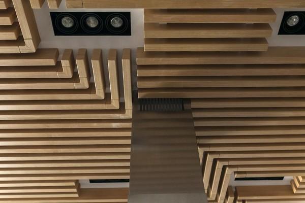 10-minimalist-style-interior-designer-wood-ceiling-decor
