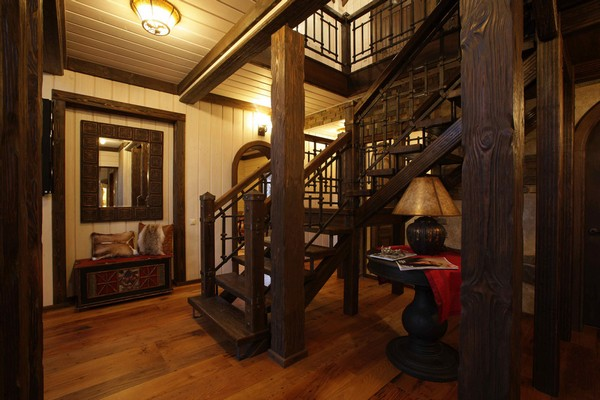 10-vintage-american-country-style-wooden-house-staircase