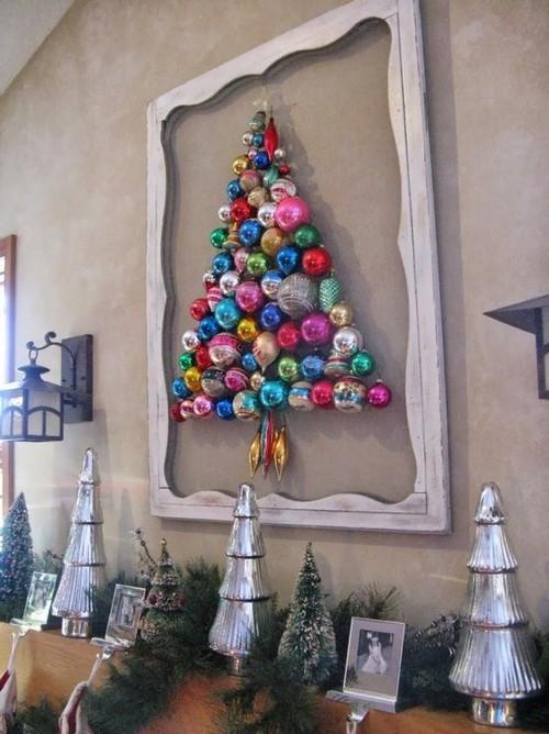 12-diy-hand-made-wall-christmas-tree-out-of-christmas-balls