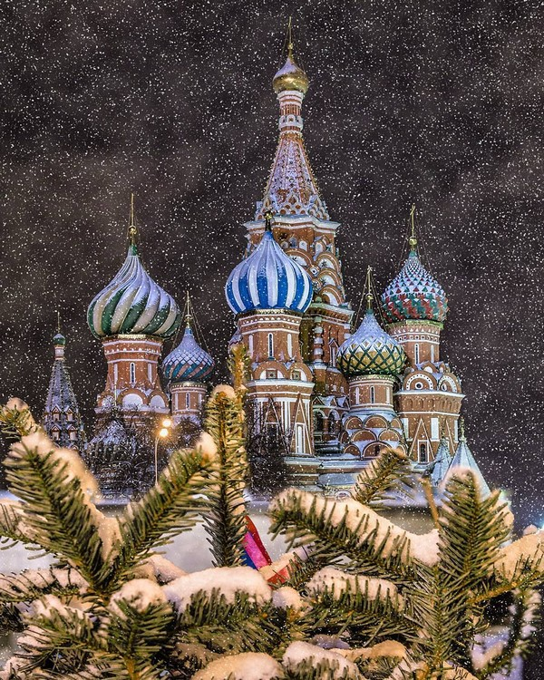 13-moscow-christmas-lights-festival-2016-2017-new-year-city-illumination-light-installations