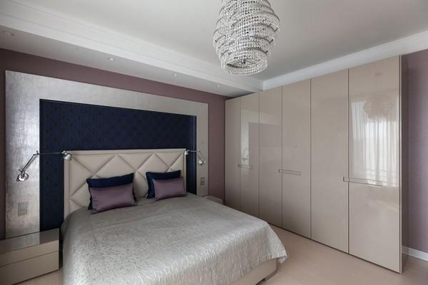 14-minimalist-style-bedroom-light-narrow-plank-wood-floor-textile-headboard-white-glossy-wardrobe