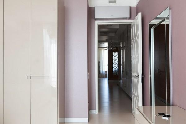 16-minimalist-style-bedroom-light-narrow-plank-wood-floor-white-3d-door